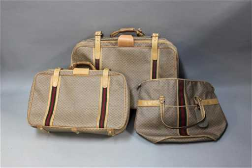 8e5de6b55dfc81 (3) Pc Vintage Canvas & Leather Gucci Luggage Set