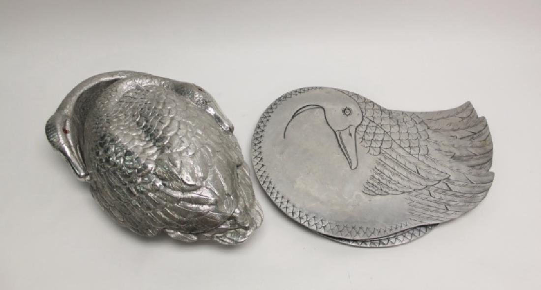 Arthur Court 1981 Swan Serving Dish & 4 Chargers
