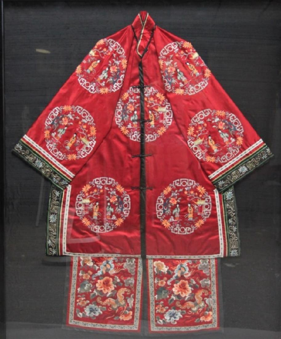 Framed Chinese Silk Embroidered Mandarin Jacket - 3