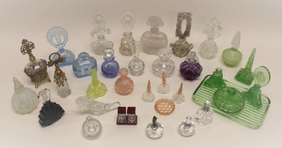 (35) Antique, Art Deco & Vintage Perfume Bottles