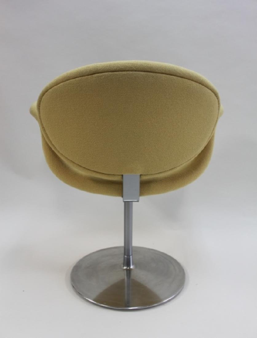 Pair Pierre Paulin Artifort Little Tulip Chairs - 7