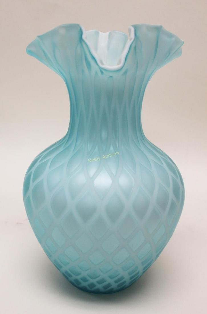 (2)pc Quilted Satin Glass & (1) Phoenix Glass Vase - 4