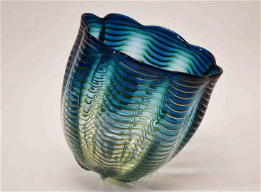 """Dale Chihuly (1941-) Art Glass """"Sea Form"""" Vessel"""