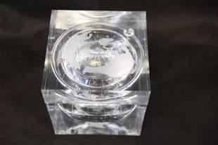 Lucite Ice Bucket Cube w Internal Globe Etching