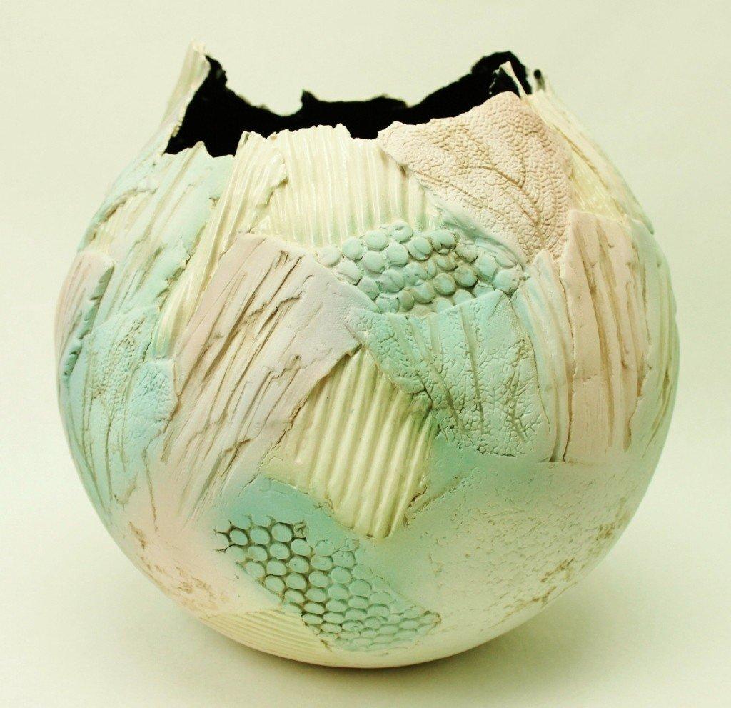 11: Gail Markiewicz Ceramic Vase / Bowl
