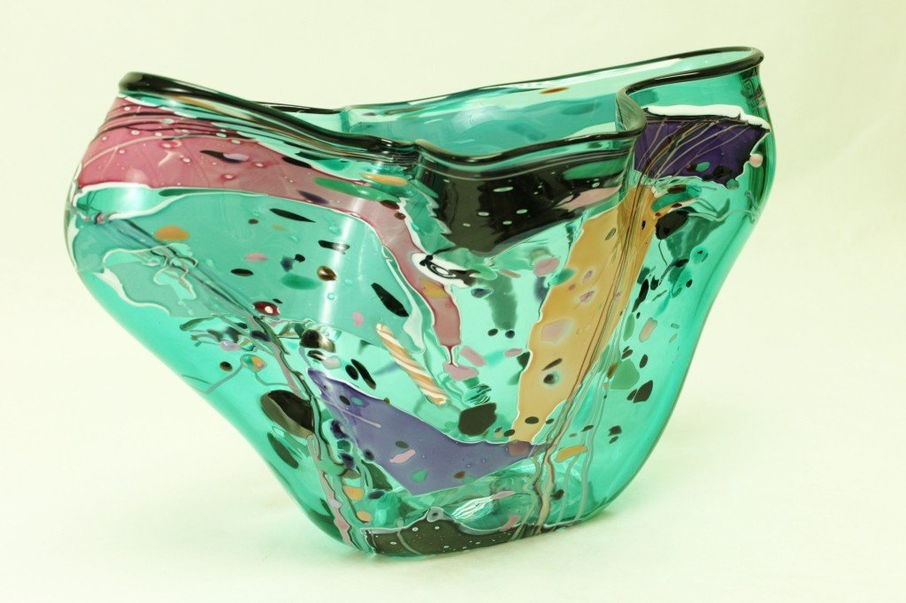 17: Stephen R. Nelson Abstract Art Glass Vase