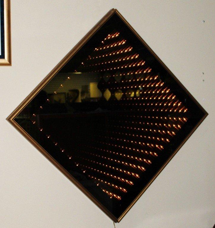 129: Infinity Mirror / Howlett Box