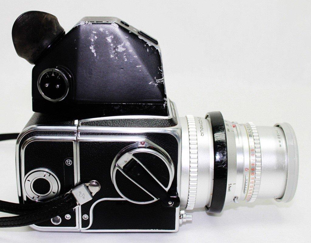 140: Hasselblad 500C Camera & Accesories