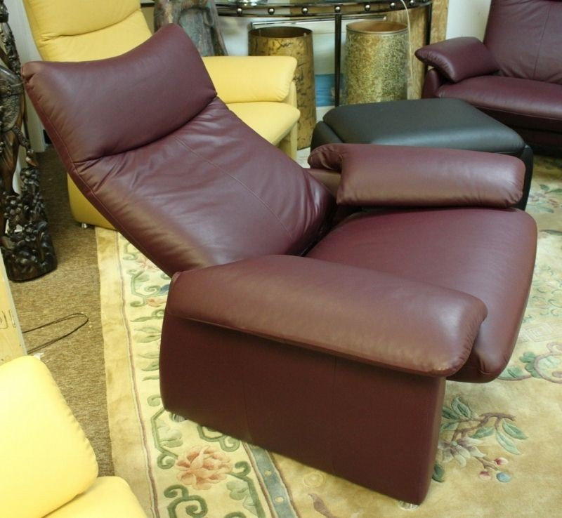 17: Laauser Germany Eggplant Leather Reclining Lounge