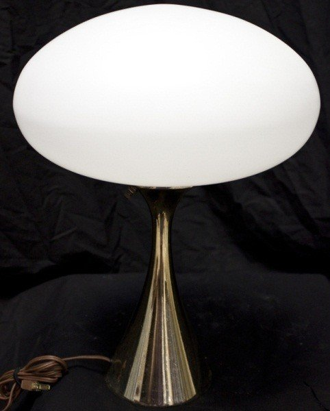 18: Laurel Brass Lamp W/ Frosted Glass Globe