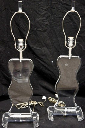 23: Pair Of Lucite Mid Century Modern Table Lamps