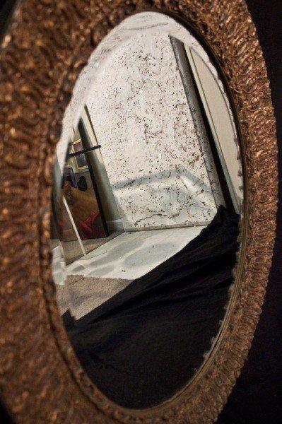 129: 19c French Gilt Berled Oval Mirror - 8