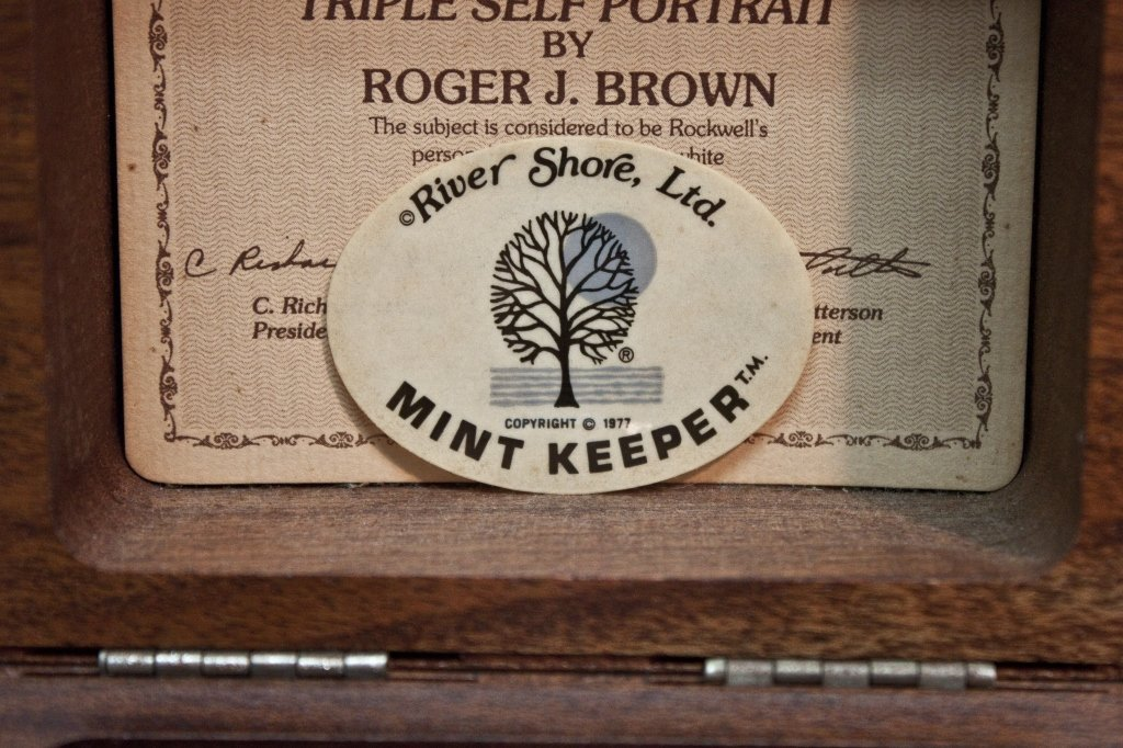 17: Certified Norman Rockwell Crystal Paperweight - 8