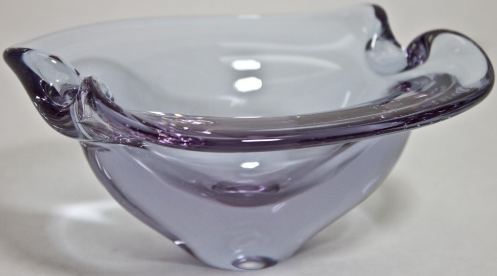 23: Lavender Alexandrite Bowl Or Candy Dish