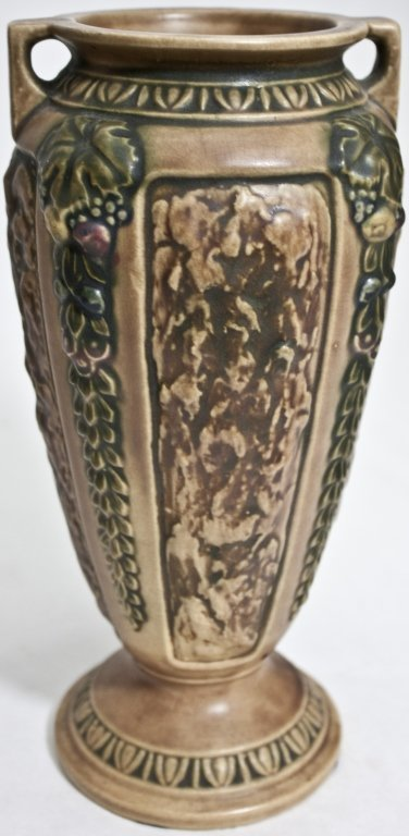43: Roseville USA  Brown and Green Pottery Vase