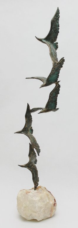 93: Curtis Jere Bronze Seagulls in Flight Sculpture - 2