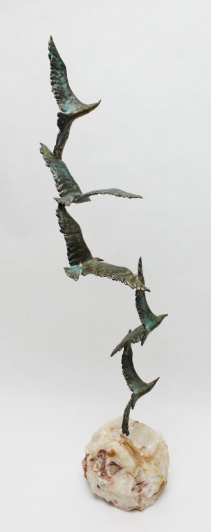 93: Curtis Jere Bronze Seagulls in Flight Sculpture - 4