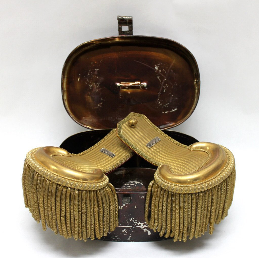 313: Civil War Era Shoulder Epaulettes