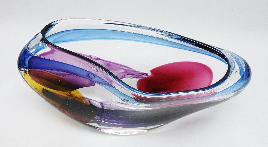 7: Leon Applebaum Art Glass Vase - 7