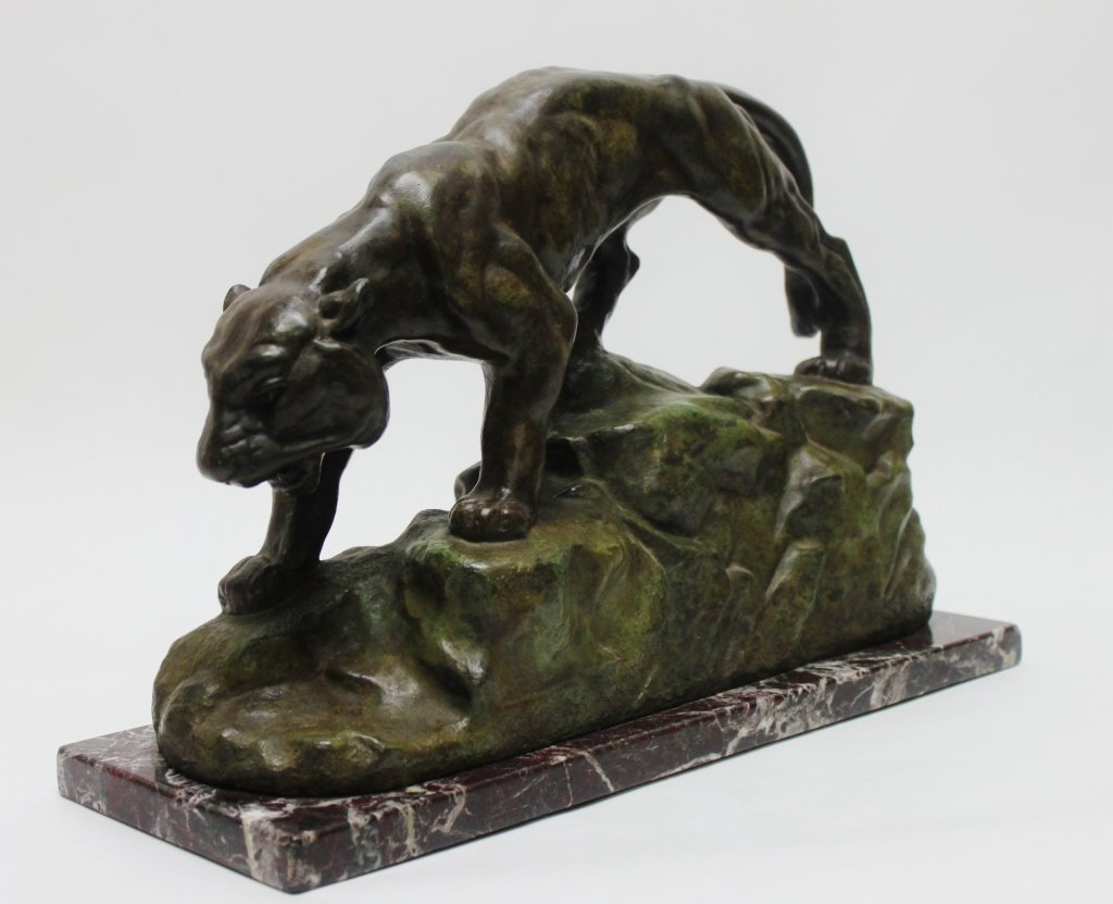 "182: Bronze Sculpture of a Mountain Lion signed ""Bayre"" - 7"