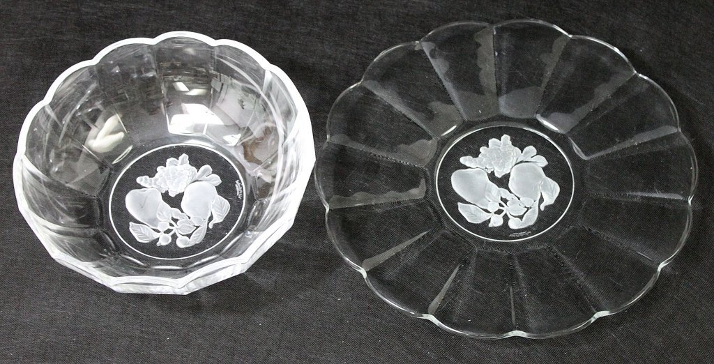 9: (2) Val St Lambert Crystal Reverse Etched Dishes