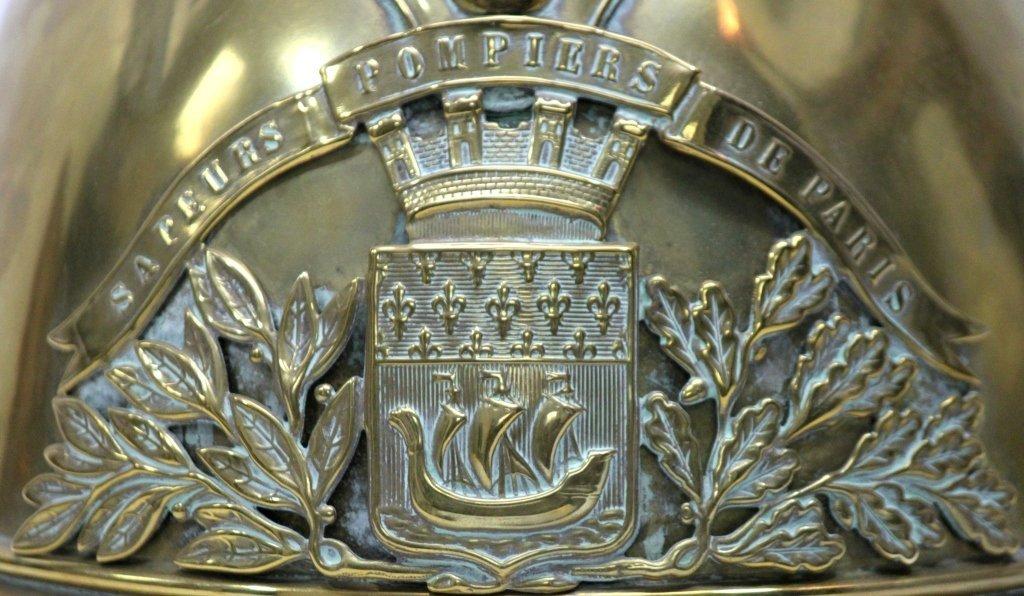 181: Antique Brass French Fire Brigade Helmet - 6