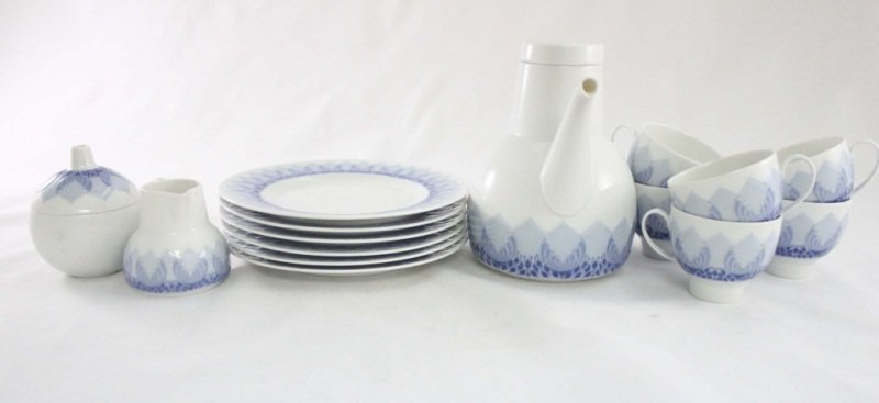 16: Rosenthal Tea Set Luncheon Service for 6