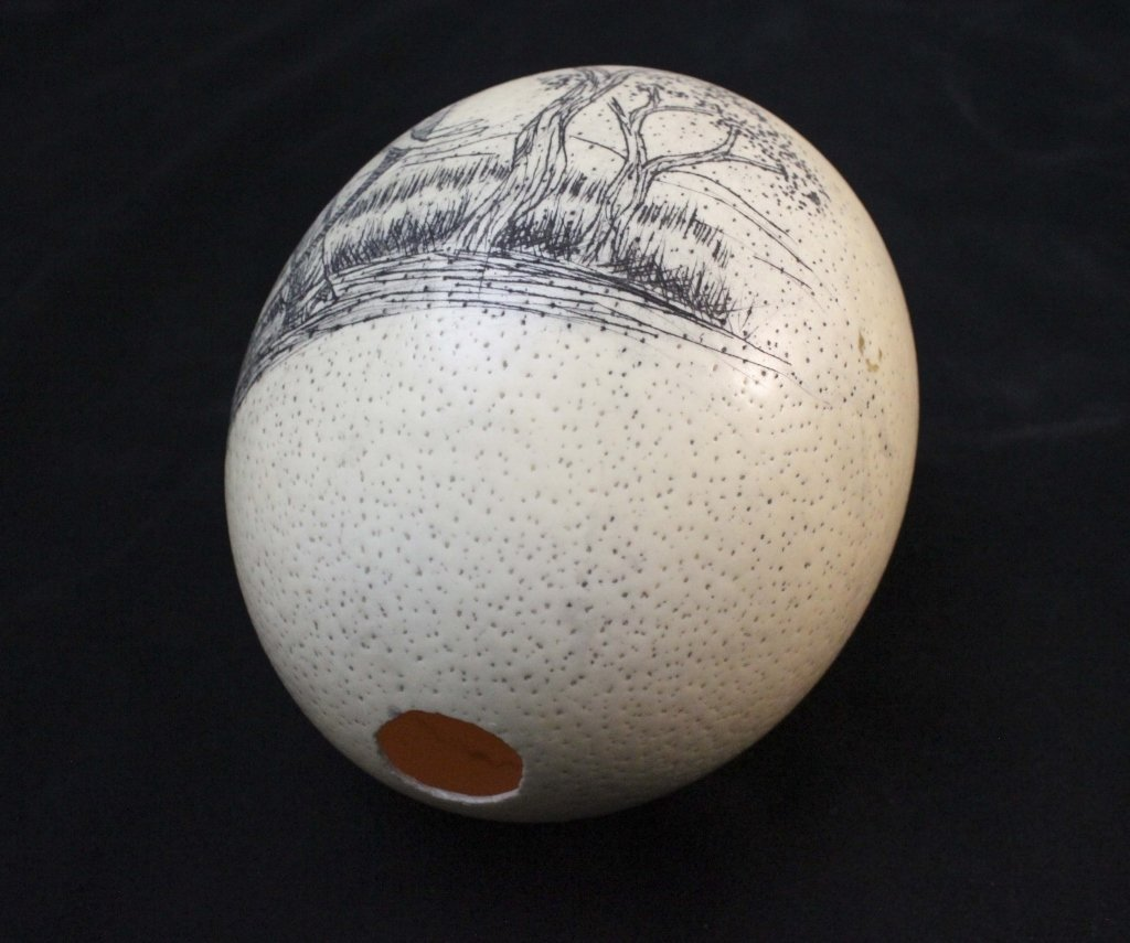 (2)Elephant  Decorated Carved African Ostrich Eggs - 3