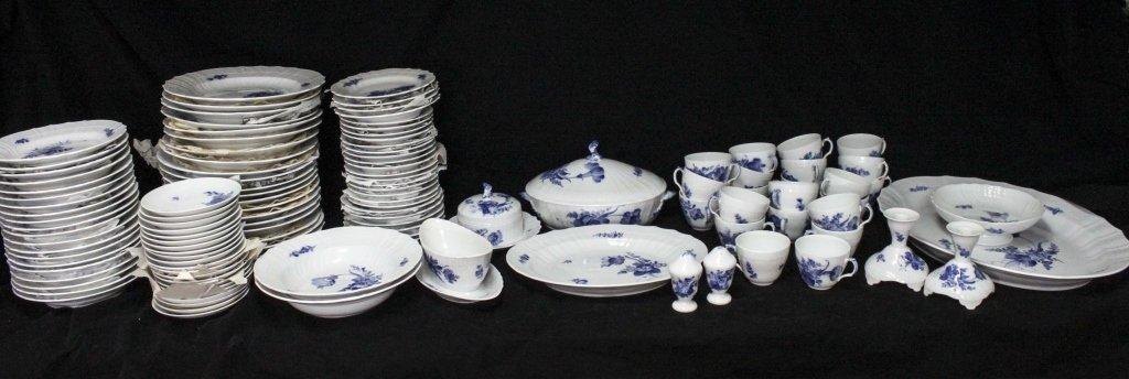 Royal Copenhagen China Blue Flowers Braided 120pc
