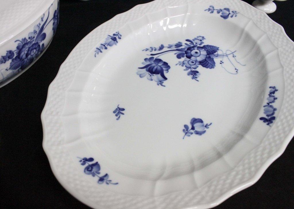 Royal Copenhagen China Blue Flowers Braided 120pc - 3