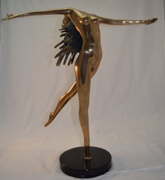 """Touch Down Girl"" Bronze Nude sg Tom Bennet 12/100"