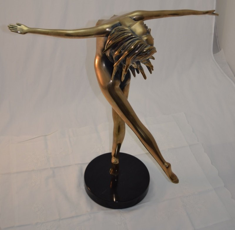 """Touch Down Girl"" Bronze Nude sg Tom Bennet 12/100 - 2"
