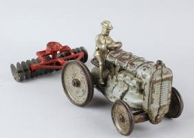 Arcade Fordson Tractor & Discer Attachment