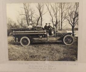 1918 Fire Engine Photo First Motorized Engine