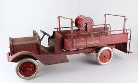 Keystone Packard Fire Truck w Hose Reel