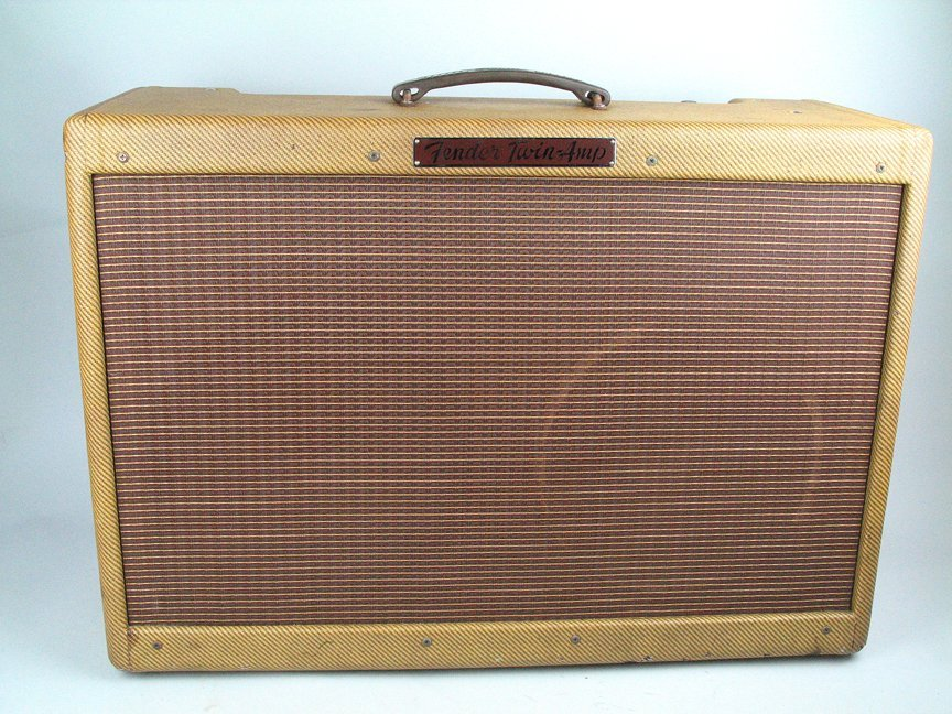 fender high powered 5f8 tweed twin amplifier