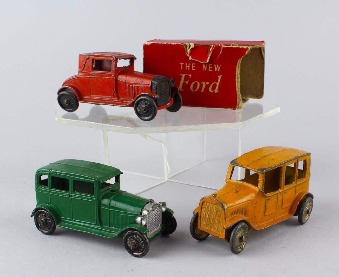 1930s Tootsietoy Sedans Ford with Box