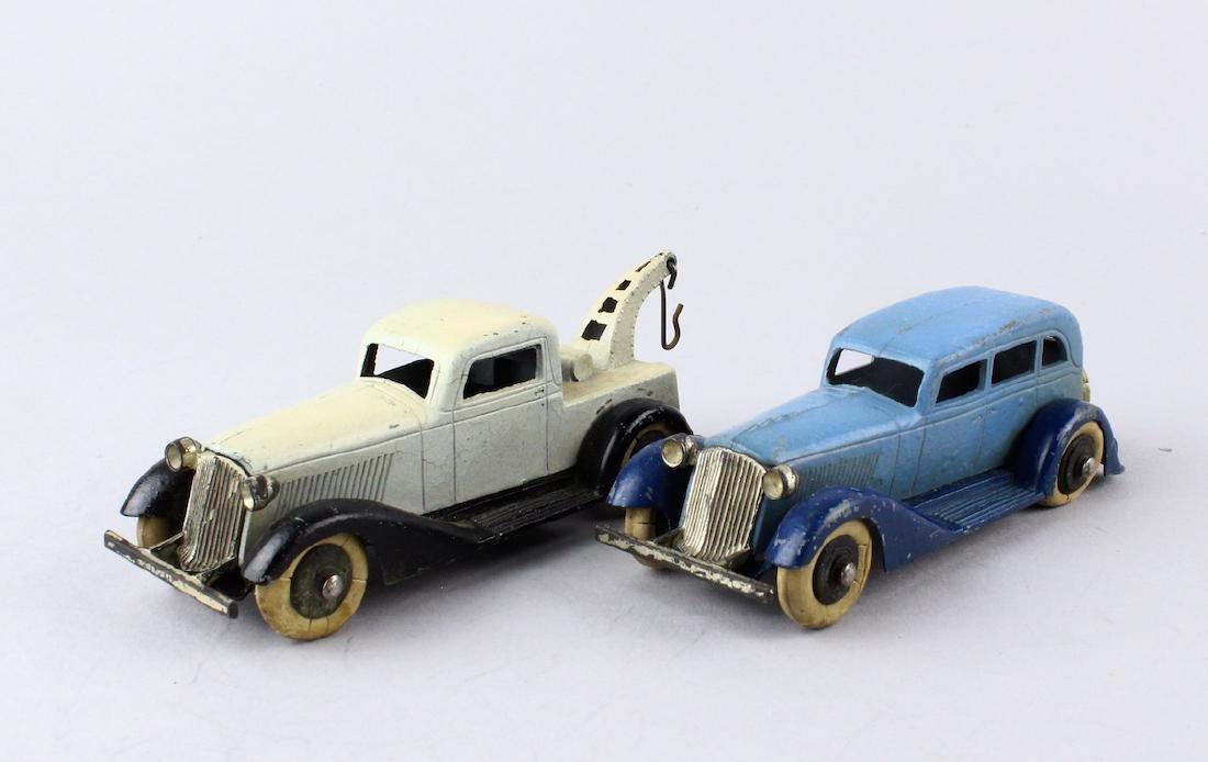 1930s Tootsietoys Graham Wrecker & Sedan