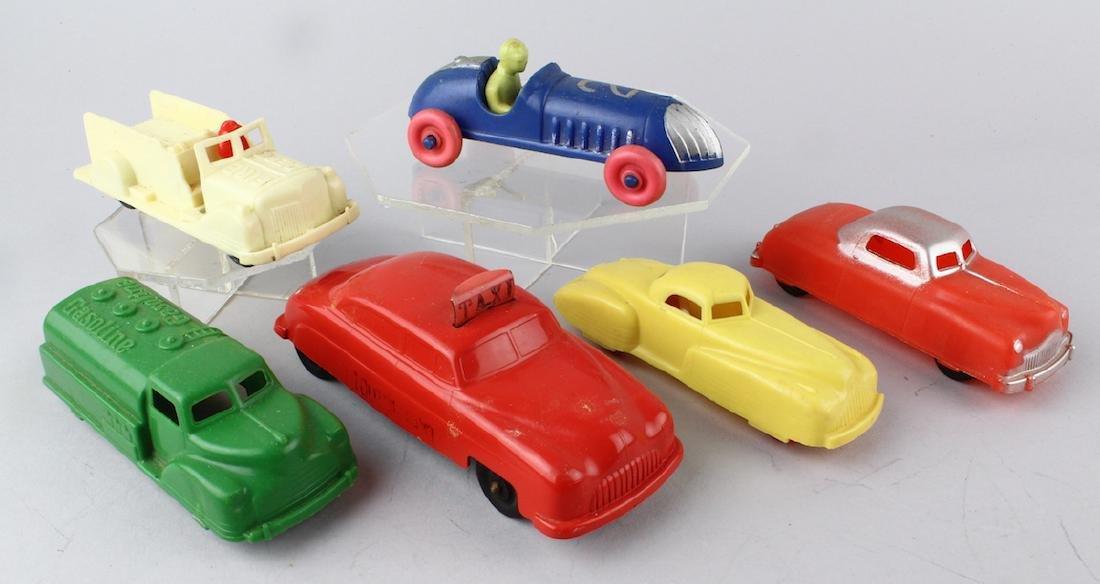 "Renwal Car Lot & Toot N"" Taxi"