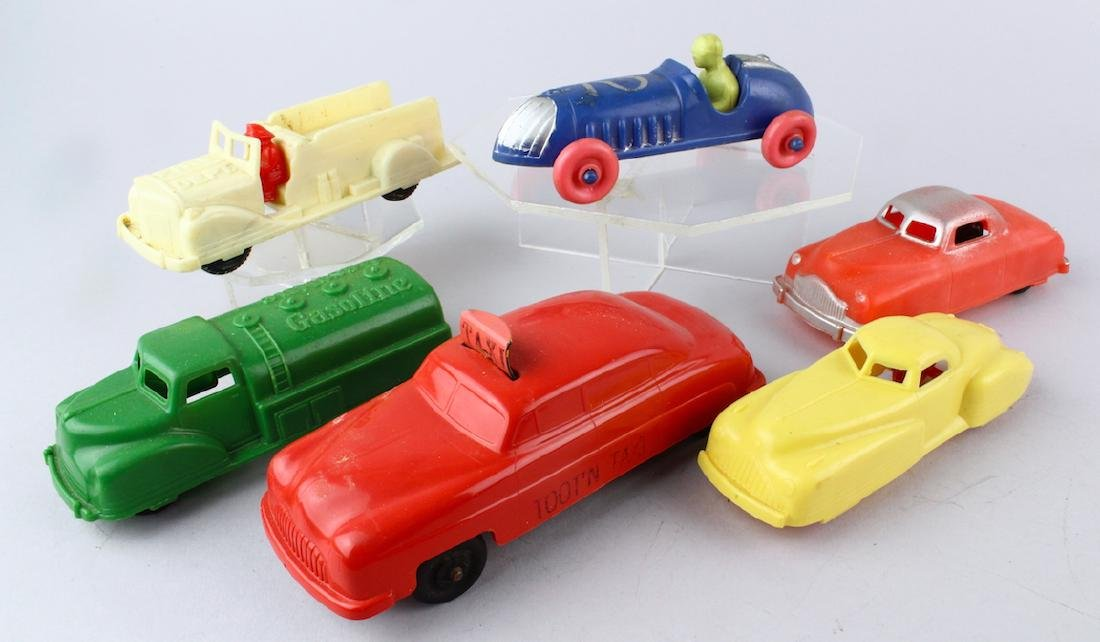 "Renwal Car Lot & Toot N"" Taxi - 3"