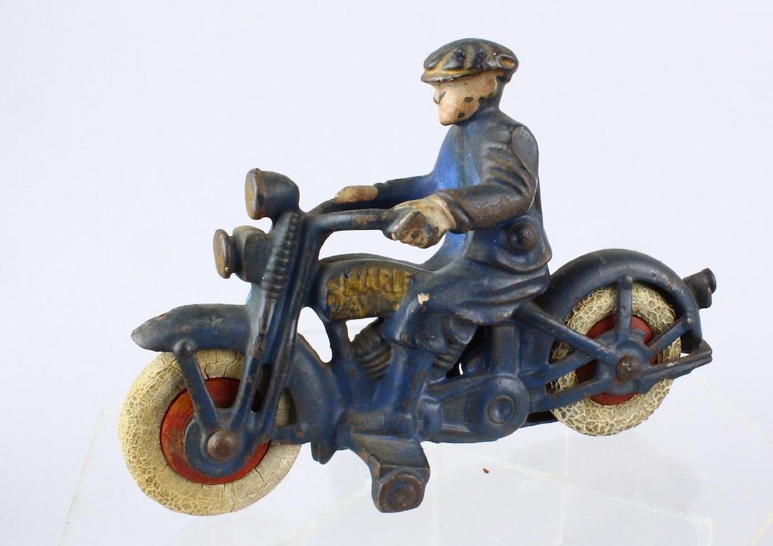 Hubley Cast Iron Harley Motorcycle
