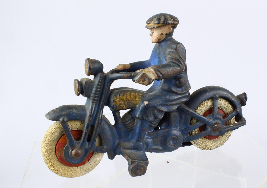 Hubley Cast Iron Harley Motorcycle