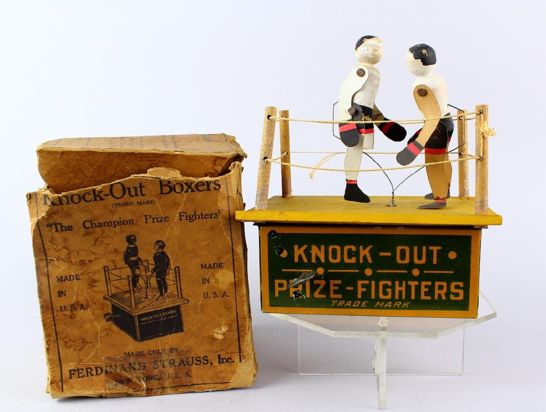 Strauss Knock Out Fighters & Box