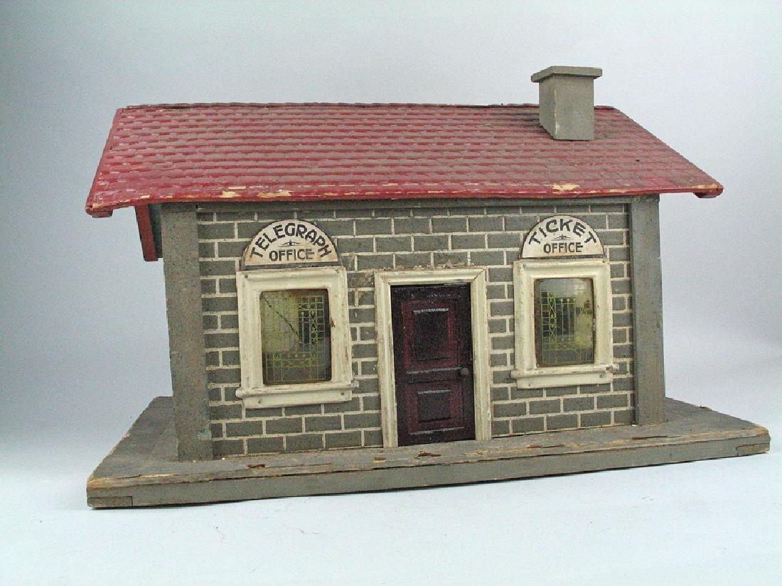 Lionel Schoenhut Railroad t Telegraph House