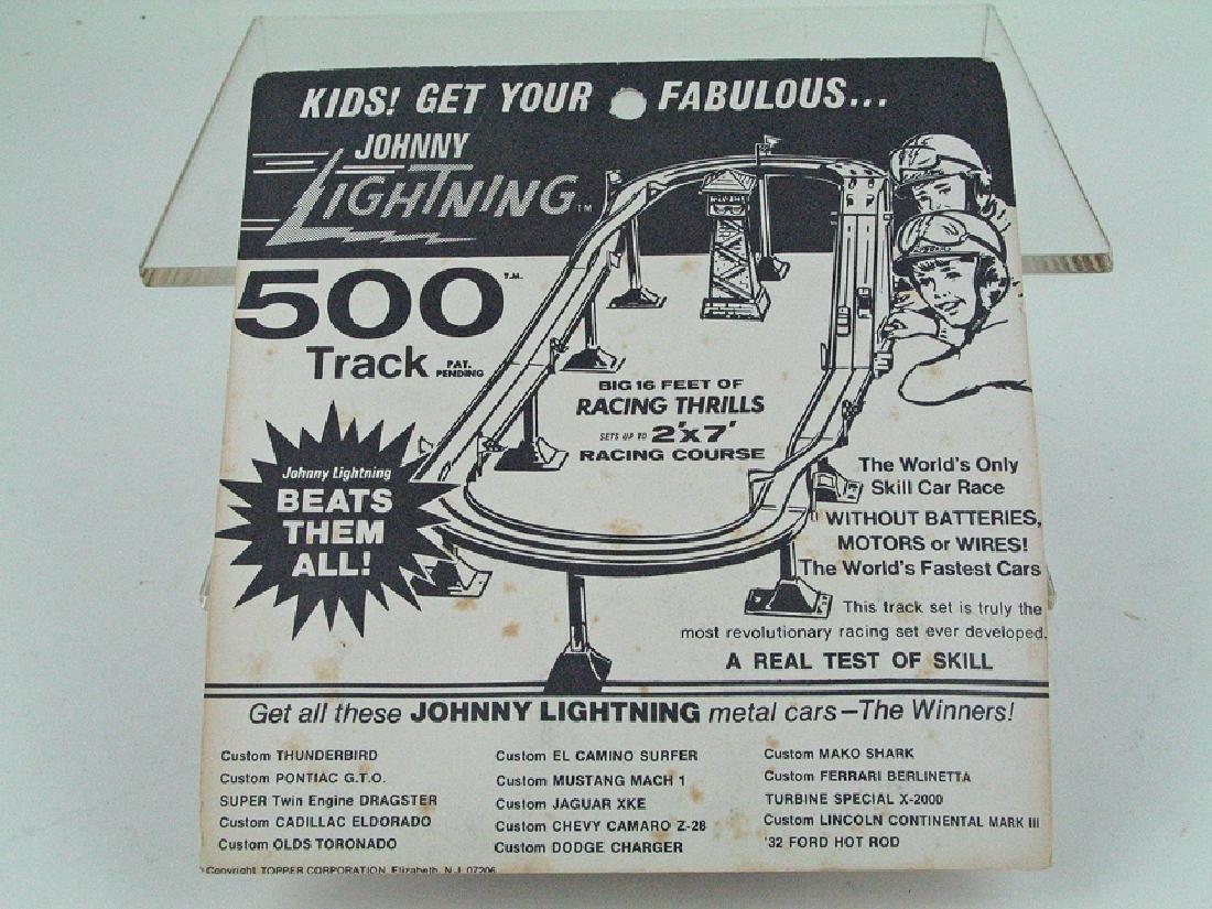 Johnny Lightning Car MIB - 3