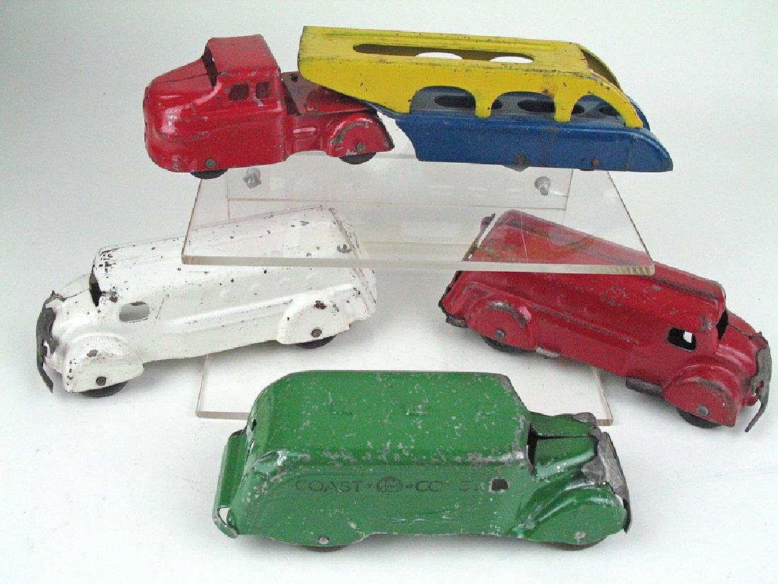 Marx Wyandotte Car Lot