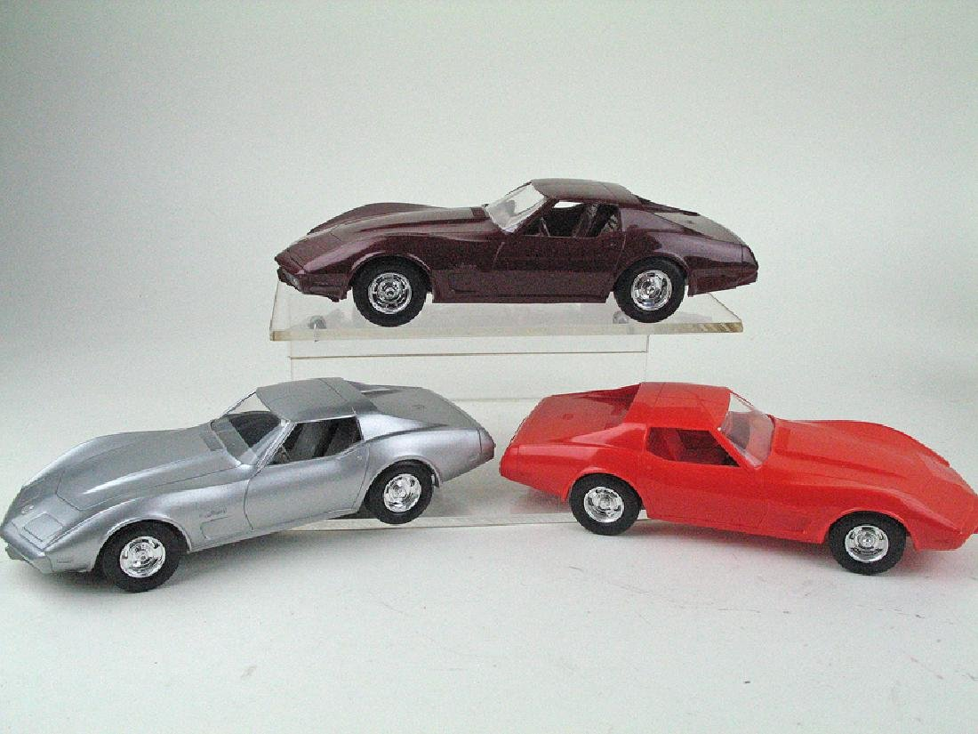 Corvette 75-76 Promo Car Lot
