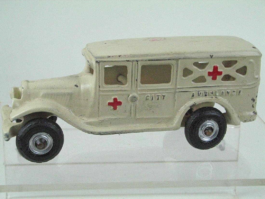 Arcade Ambulance Cast Iron