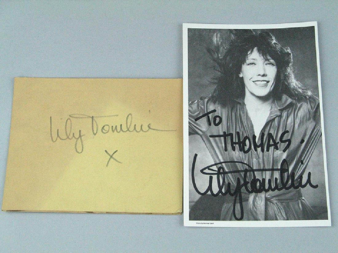 Lily Tomlin Signed  Photo Card Lot