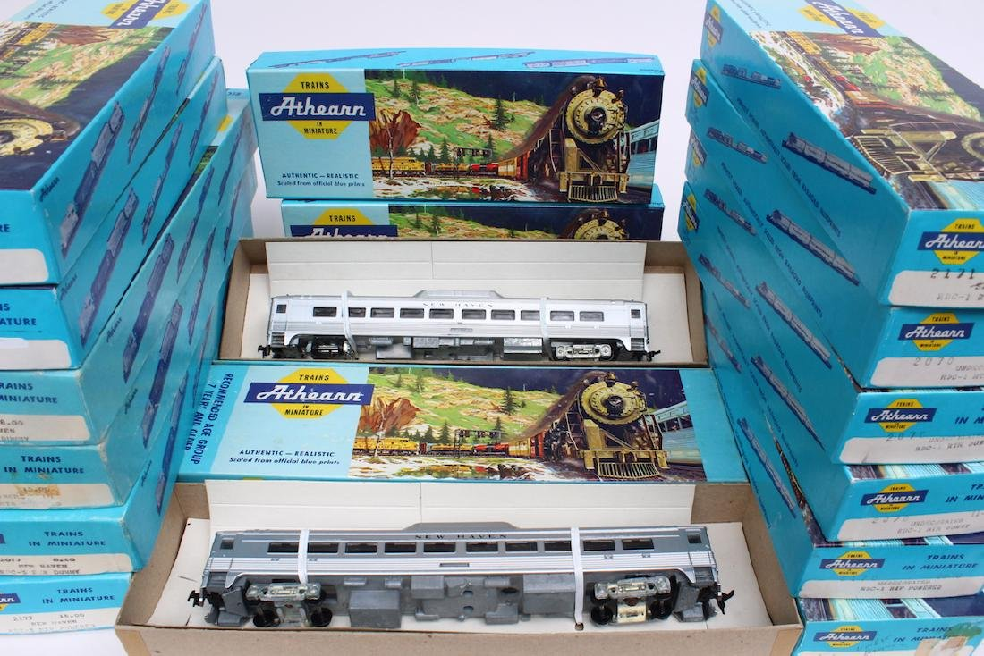 Athearn HO Trains Store Stock in Boxes - 4